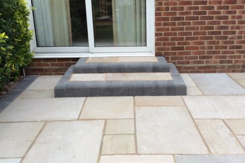 <b>Patio Experts</b> in Sunningdale